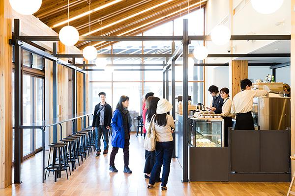 県営平城宮跡歴史公園 朱雀門ひろば IRACA COFFEE (イラカ・コーヒー)