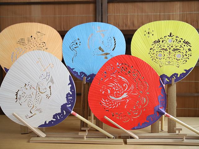 平城宮跡歴史公園 朱雀門ひろば 「奈良うちわ」づくり体験